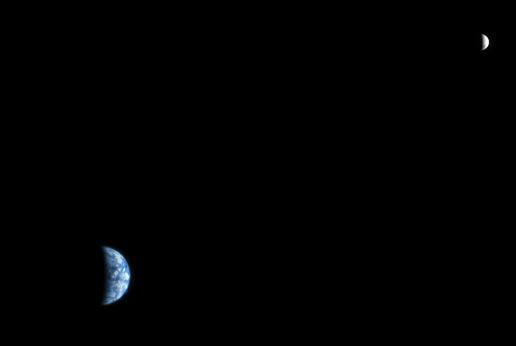 Earth and moon from Mars.
